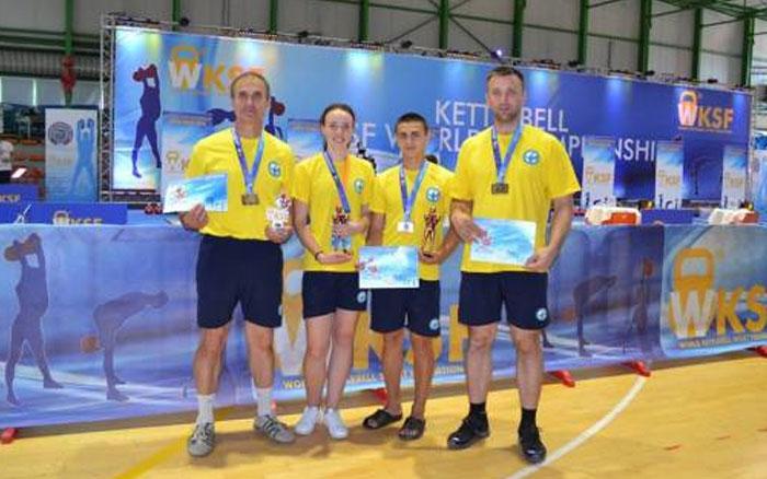 Тернополяни стали призерами чемпіонату світу з гирьового спорту