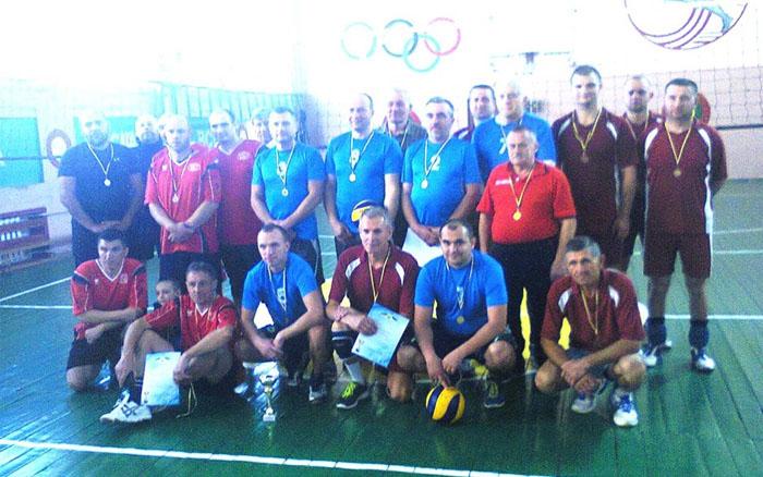 В Гусятині відбувся турнір з волейболу серед ветеранів