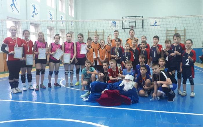 В Тернополі відбувся відкритий кубок з класичного волейболу та відкритий чемпіонат з пляжного волейболу