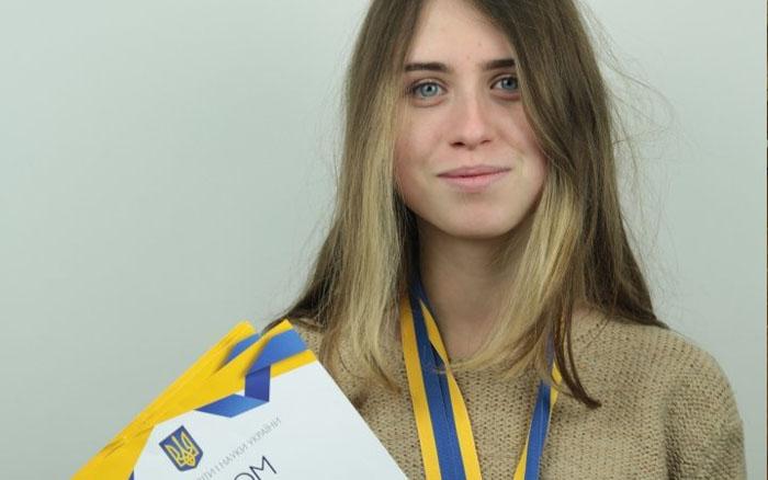 Юлія Малахова – чемпіонка України з більярду