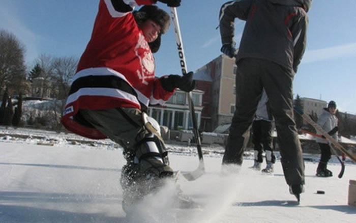У перші дні лютого на Тернопільському ставі змагатимуться хокеїсти з усієї України