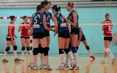 У фінал III Спортивних ігор з волейболу вийшли студентки з Тернополя (+ ФОТО)