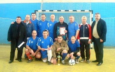 Міні-футбольний турнір виграли Ветерани