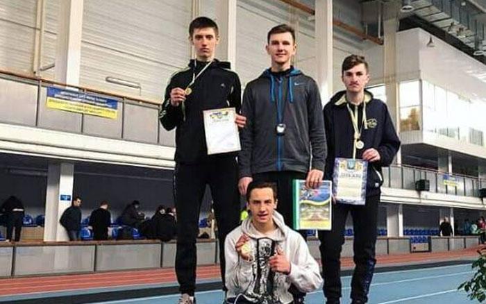 """Легкоатлети тернопільського """"Інваспорту"""" змагались на Донеччині"""