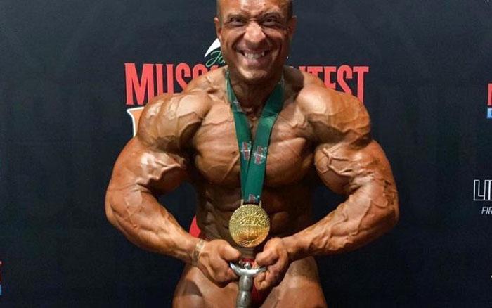 Бодібілдер Олег Кривий став абсолютним чемпіоном у Ірландії