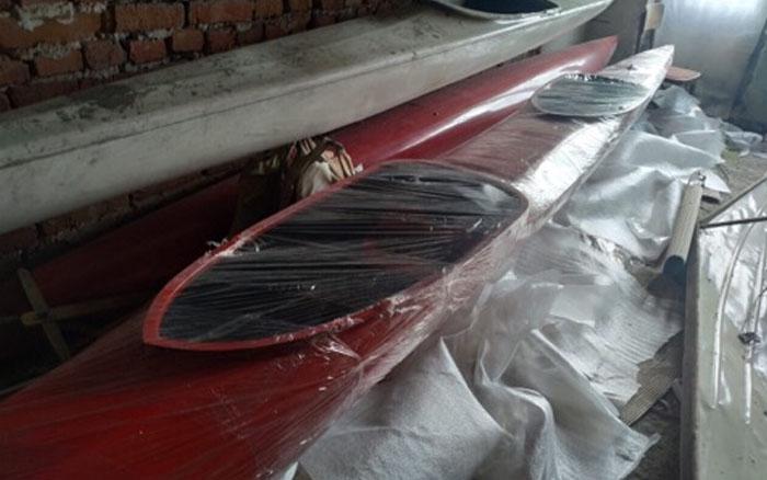 Юні бережанські веслувальники отримали нову байдарку