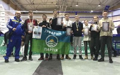 Тернополяни здобули медалі Кубка України з кікбоксингу