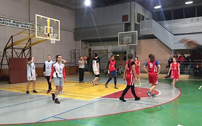 В ТНЕУ відбулися змагання з баскетболу серед жіночих команд