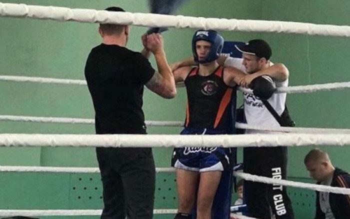 """Тернопільські Тайські боксери зібрали """"урожай"""" медалей у Бурштині"""
