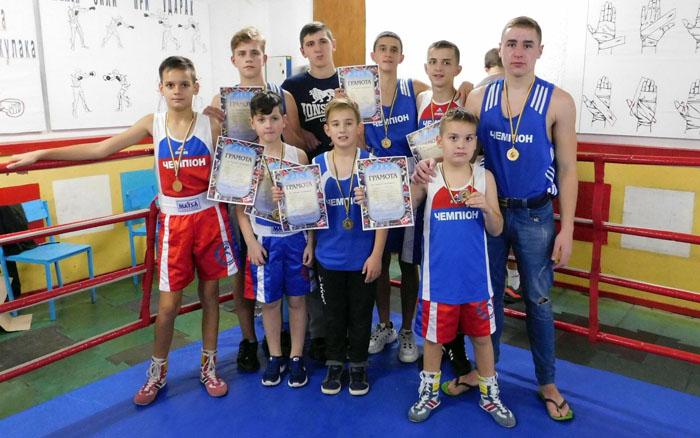 Великі Біроки приймали на своєму боксерському ринзі понад п'ятдесят боксерів