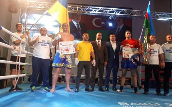 Тернопільський кікбоксер провів перший професійний бій у Азербайджані