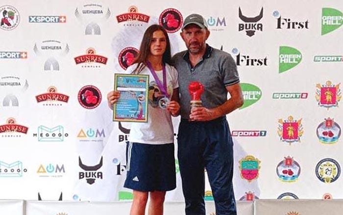Тернопільська спортсменка Каріна Вовк стала бронзовою призеркою чемпіонату України з боксу