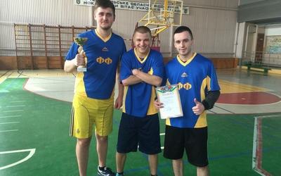 У ТНЕУ відбулися змагання зі стрітболу серед студентів (ФОТО)