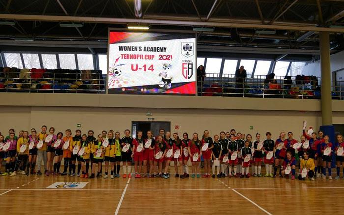 "У Тернополі дівчата грали футзал на ""WOMENS ACADEMY TERNOPIL CUP-2021"