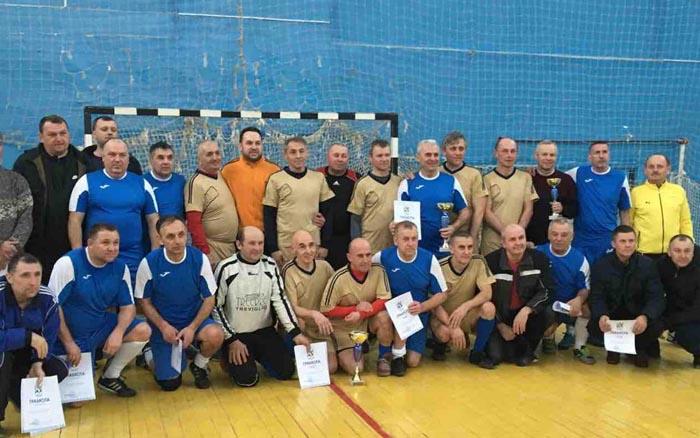 Команда з Борщова – бронзовий призер ветеранського чемпіонату області