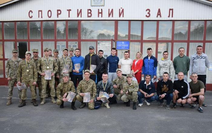 Тернопільські артилеристи - одні серед найкращих учасників першого змагання із кросфіту