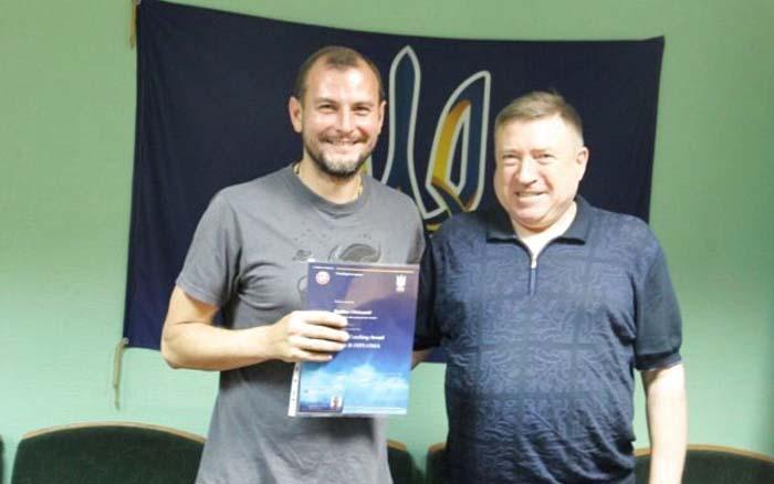 """Тернопільські футбольні тренери отримали """"В""""-дипломи УЄФА"""