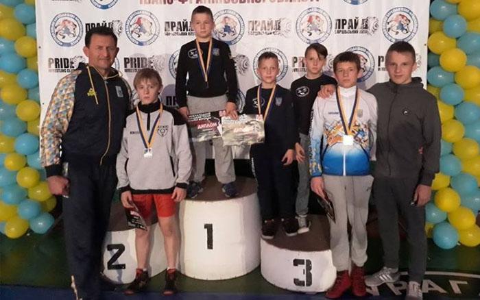 Медалі усіх рівнів привезли з Міжнародного турніру борці з Тернопільщини