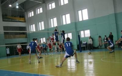 Тернопільські волейболісти пропустили вперед закарпатців та хмельничан