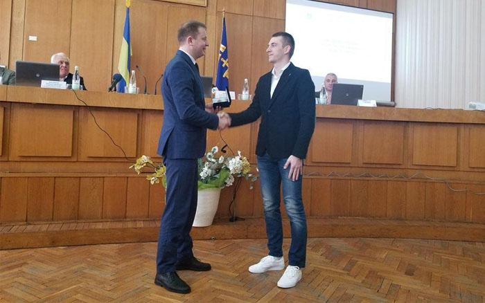 Підручний отримав премію за перемогу на Чемпіонаті світу