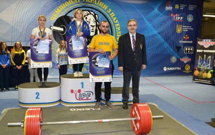 Тернопільська спортсменка стала чемпіонкою України з пауерліфтингу