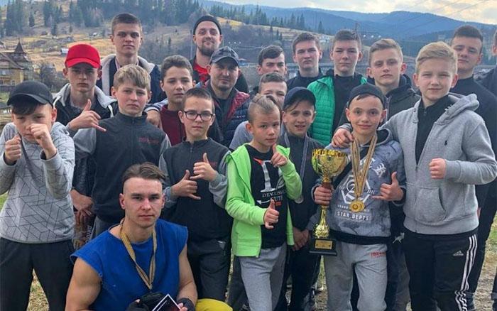 """Тернопільські """"характерники"""" здобули 15 нагород на Кубку Карпат"""
