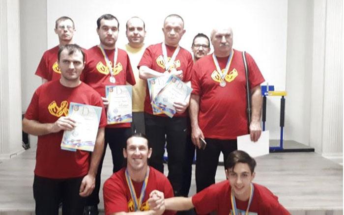 Тернополяни вибороли десять медалей на Кубку України з армспорту