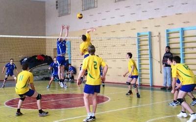 Теребовлянські волейболісти лідирують в обласній лізі серед юнаків