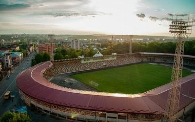Ремонтувати міський стадіон Тернополя найближчим часом не будуть