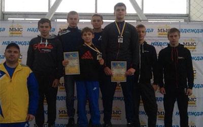 На Міжнародному турнірі з боротьби тернополяни здобули дві медалі