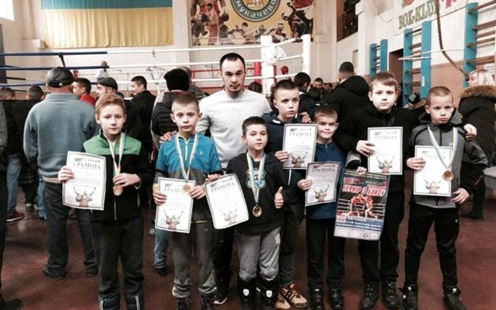 Тернопільські боксери здобули сім медалей на регіональному турнірі