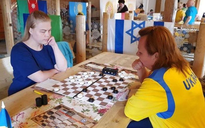 """Спортсменки """"Інваспорту"""" змагались на чемпіонаті світу з шашок-100"""