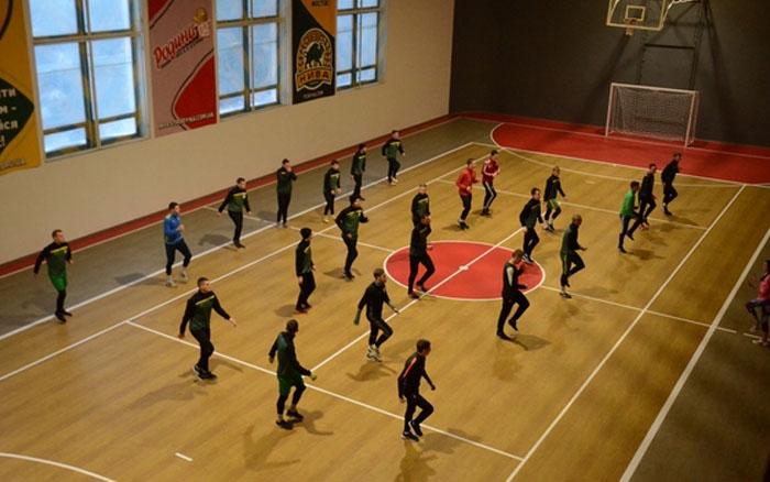 """Власна тренувальна база та своя дитяча футбольна школа з'явилися у тернопільської """"Ниви"""""""