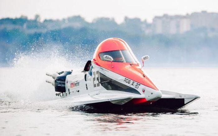Переможцями чемпіонату світу з водно-моторного спорту у Тернополі стали поляк, італієць та болгарин