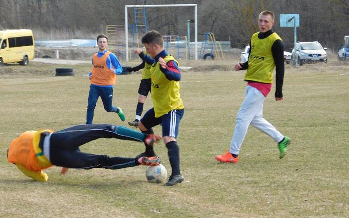 """ФК """"Вишнівець"""" на класі переміг """"Три валети"""""""