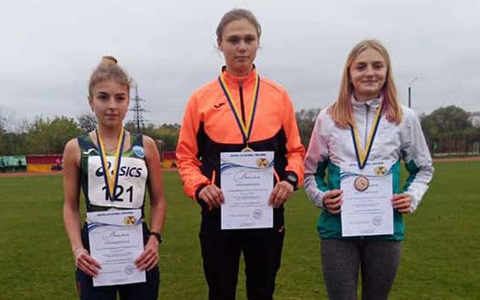 Юні тернопільські легкоатлети здобули в Івано-Франківську одну срібну і дві бронзові медалі