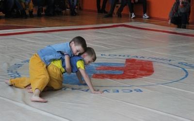 Малі та дорослі фрі-файтери змагались у міському чемпіонаті (ВІДЕО)