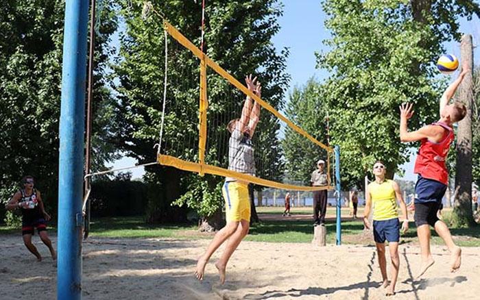У Тернополі відбувся чемпіонат області з пляжного волейболу серед чоловіків