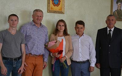 Наталія Стребкова та її тренер Олександр Степанюк отримали відзнаки обласної ради