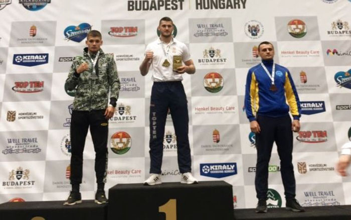 Тернополянин вдруге поспіль став срібним призером Кубка світу з кікбоксингу