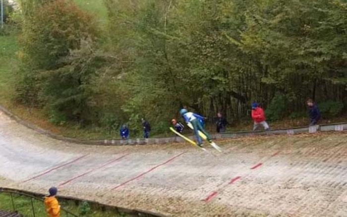 На юнацькому командному чемпіонаті України зі стрибків з трампліна та лижного двоборства відзначились кременчани