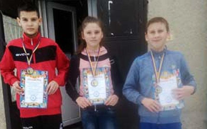 Легкоатлети Зборівської ДЮСШ здобули у Калуші три медалі