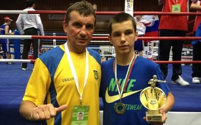 Віктор Петров: