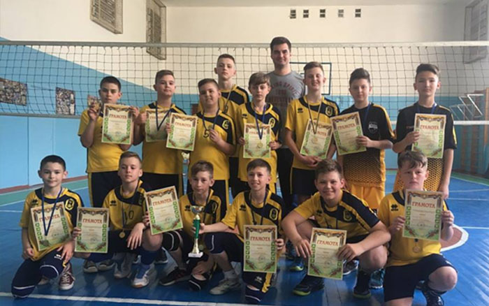 Тернопільські юнаки чемпіони області з волейболу