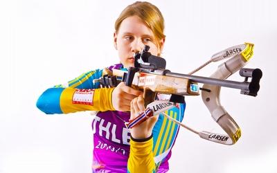 Анастасія Меркушина стартує в гонці переслідування на Кубку Світу з біатлону