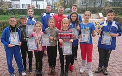 Команда тернопільських плавців – чемпіон України з акватлону