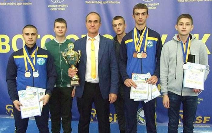Збаразькі гирьовики привезли медалі чемпіонату України з Дубно