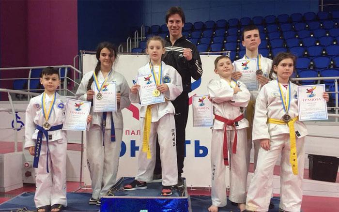Юні представники обласної Федерації Таеквон-до І.Т.Ф. привезли шість медалей із Запоріжжя