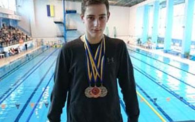 Тернопільський плавець Сергій Лисобей завоював два