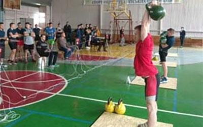 У Тернополі провели змагання з гирьового спорту